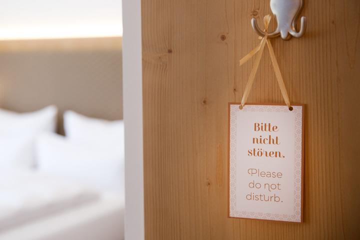 Case Hotel Hohes Licht Bitte nicht stören Schild